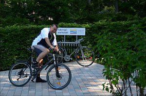 Waldgaststätte Emmerichshütte - Fahrradreparatur